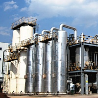 On-line gas analysis in high purity gas production